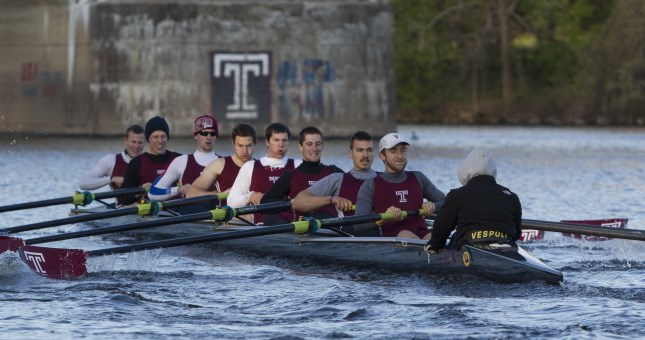 Men's Crew Earns One Gold and Three Silvers at Bergen/Kelly Cup Regatta