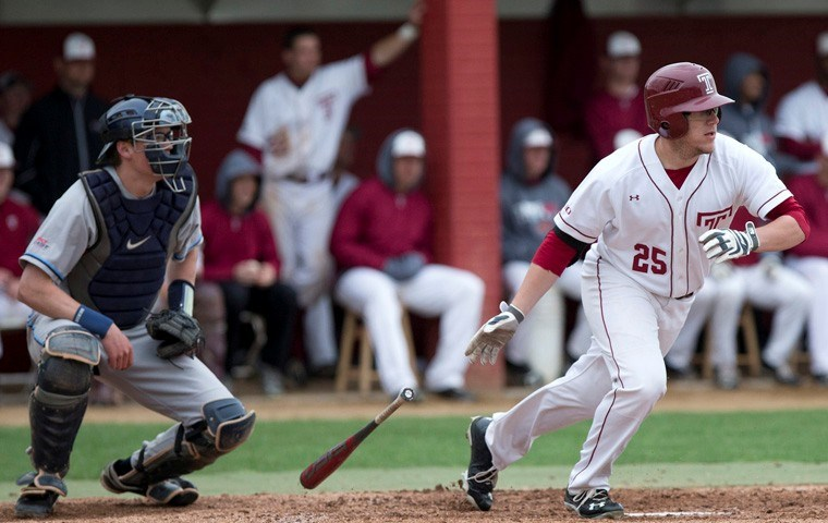 Owls Unable To Complete Comeback Against UMass; Falls 11-9 In Season Finale